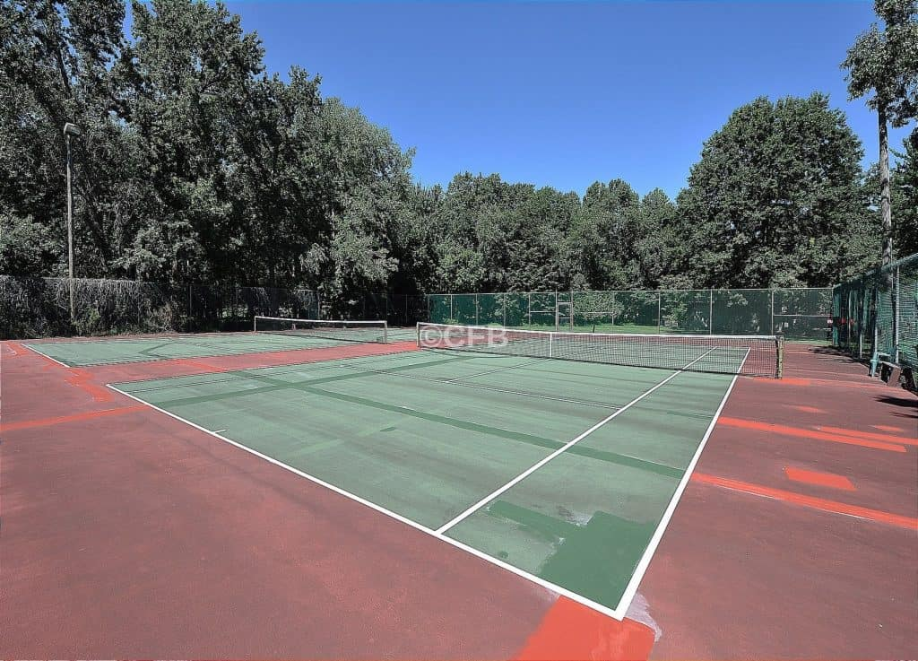 tennis court at covered bridge manalapan